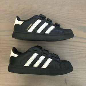 Adidas toddler superstar 8K